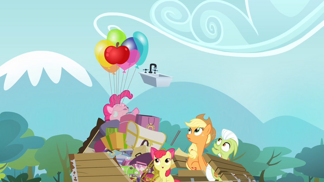File:Pinkie Pie throwing sink S4E09.png