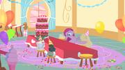 Pinkie Pie with derpy eyes S1E25