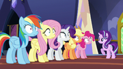 Starlight gives orders to the main five S6E21