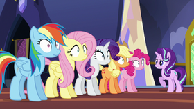 Starlight gives orders to the main five S6E21.png