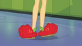 Applejack still wearing her house slippers SS6.png