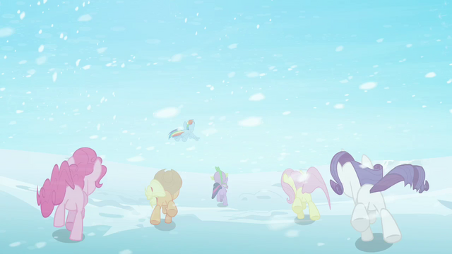 File:Main ponies escape to Crystal Empire S3E1.png