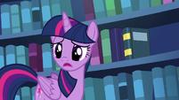 """Twilight Sparkle """"pretty slim"""" S6E19"""