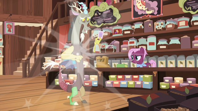 File:Discord poofs back into the tea store S7E12.png