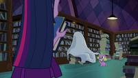 Spike leads Twilight to a tarp EG
