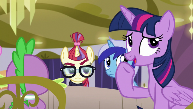 File:Twilight trying to change the subject S5E12.png