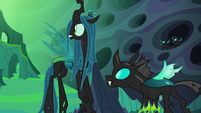 Queen Chrysalis and Thorax look at the throne S6E26