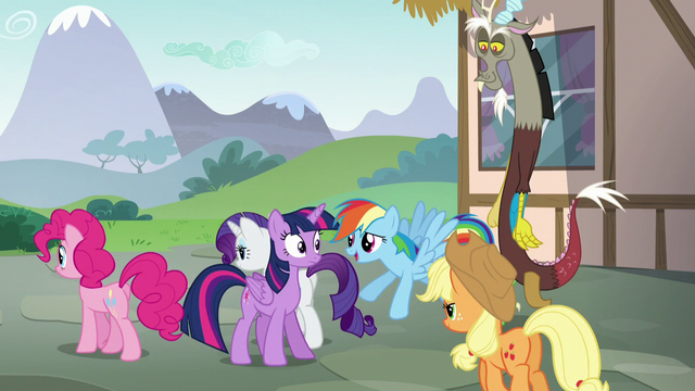 File:Rainbow Dash flies up to Twilight S5E22.png