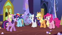 "Twilight ""make them feel welcome"" S5E11"