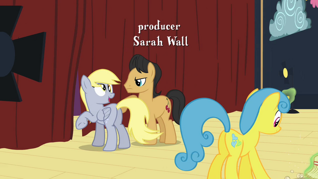 File:Derpy looking behind S2E11.png