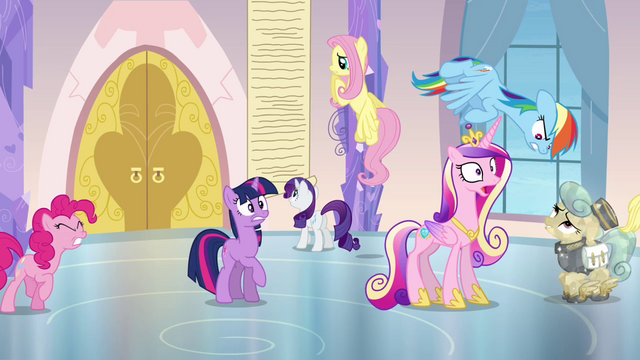 File:Everypony panicking S03E12.png