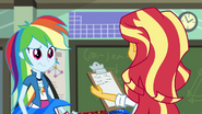 Rainbow Dash confused EG3