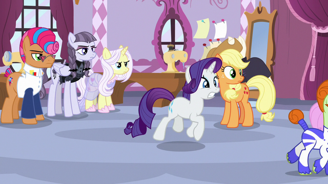 File:Rarity begs Photo Finish not to leave S7E9.png