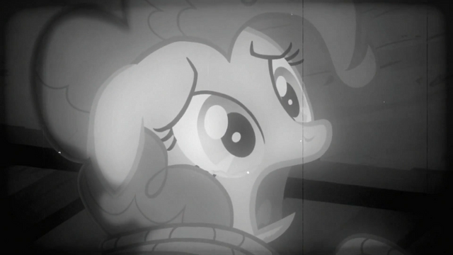 File:Pinkie Pie looking at train S2E24.png