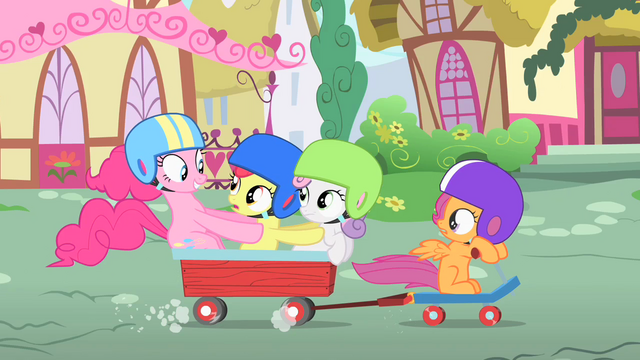 File:Pinkie Pie riding to Sugarcube Corner with the CMC S1E23.png