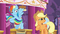 Rainbow Dash pulls her tail away S5E7