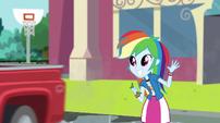 Rainbow Dash waves goodbye to Big Mac EGS1