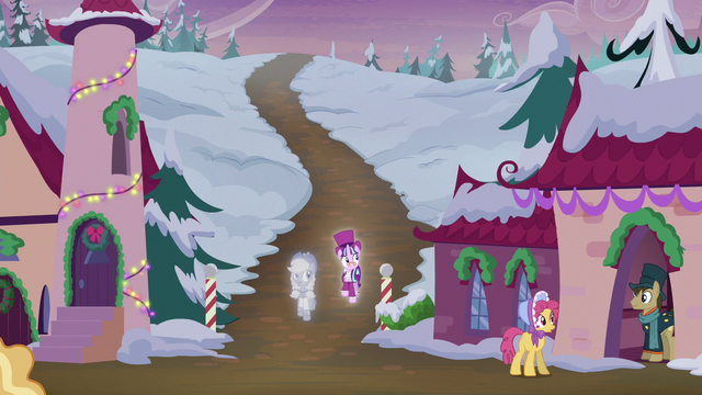 File:Snowfall and Spirit enter the village S6E8.png