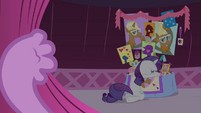 Spike pushes curtain S4E13