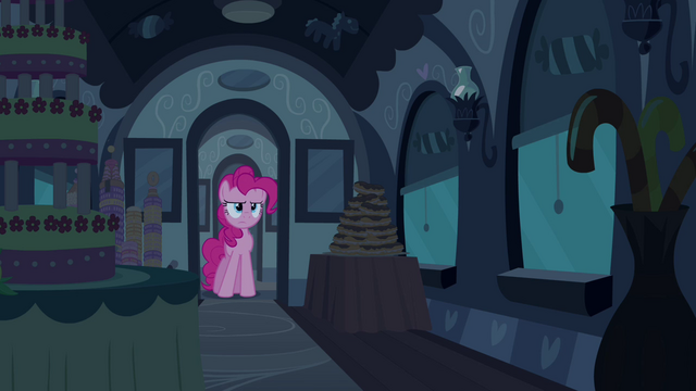 File:Pinkie Pie in front of door S2E24.png