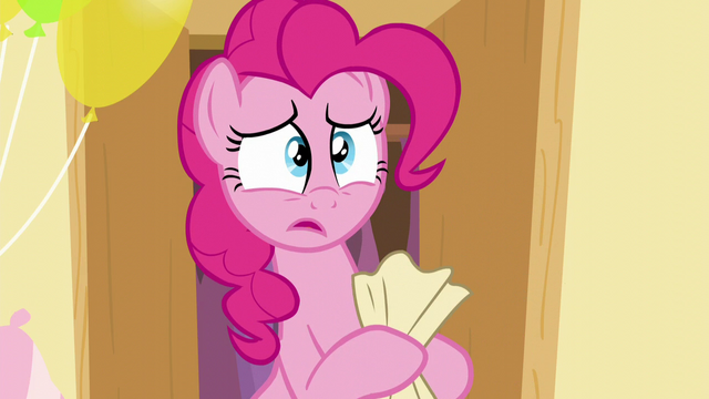 File:Pinkie worried while holding the paper S5E19.png