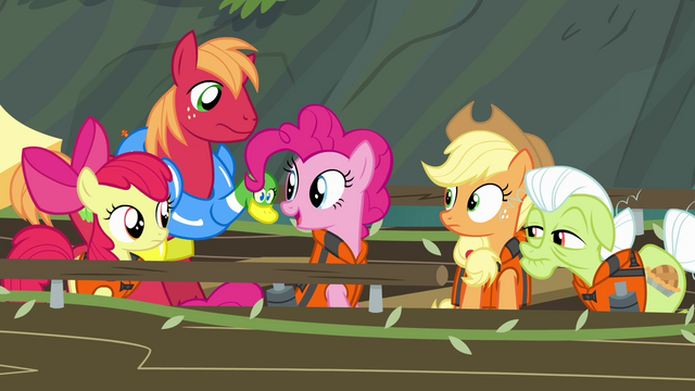 File:Pinkie Pie mentions the waterfall S4E09.png