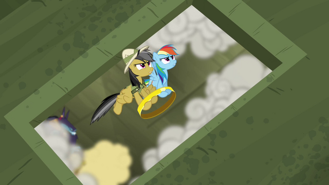 File:Rainbow and Daring escaping the fortress S4E04.png