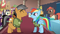 Rainbow and Quibble exchanging gifts S6E13