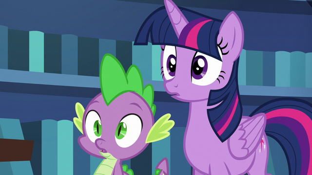 File:Twilight and Spike in deep surprise S6E21.png