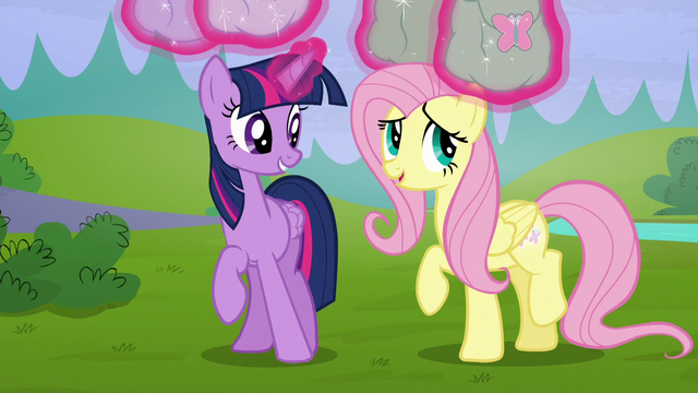 File:Twilight levitates her and Fluttershy's saddlebags S5E23.png