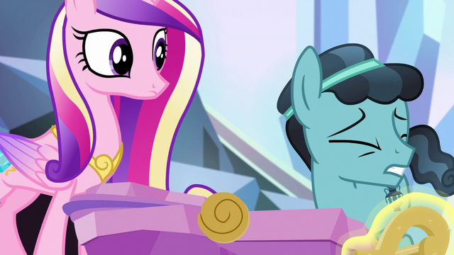 File:Crystal Hoof trembling from the love S6E16.png