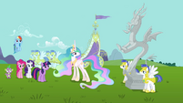 Main cast and Discord's statue wide shot S03E10
