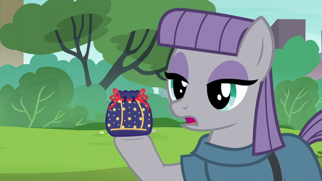 File:Maud Pie thanking Pinkie S6E3.png