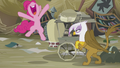 """Pinkie """"A song!"""" S5E8.png"""