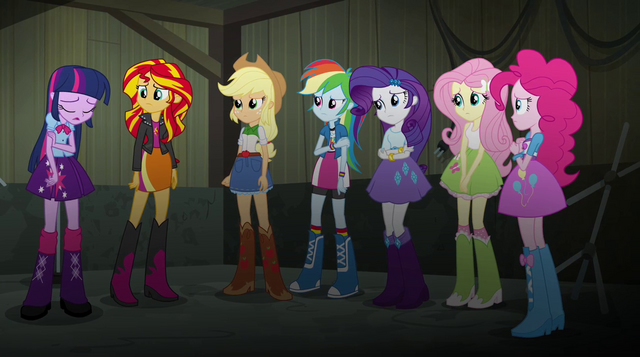 File:Twilight's friends listen to Twilight EG2.png