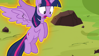 Twilight being levitated S4E26