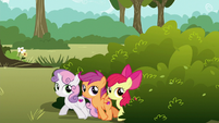 Cutie Mark Crusaders try to sneak away S6E19