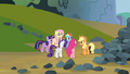 Mane 6 put plan into action S03E09.png