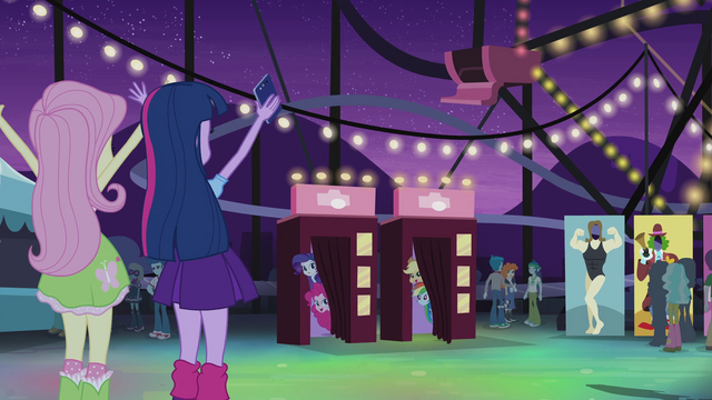 File:Twilight and her friends find each other EG2.png