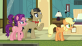 """Young Applejack """"what in the dadgum?!"""" S6E23.png"""