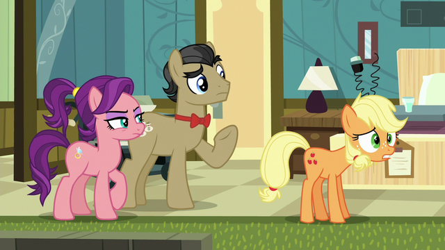 """File:Young Applejack """"what in the dadgum?!"""" S6E23.png"""