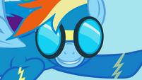 Rainbow Dash Wonderbolt smile S1E03
