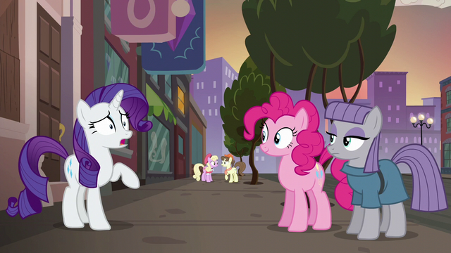 """File:Rarity """"how good you two are at giving gifts"""" S6E3.png"""