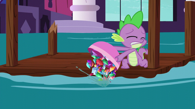 File:Spike dumps gems out of the bowl S5E10.png