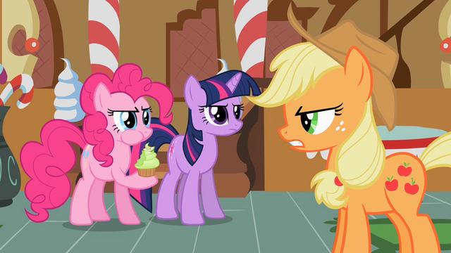File:Twilight, Pinkie & Applejack S2E8.png