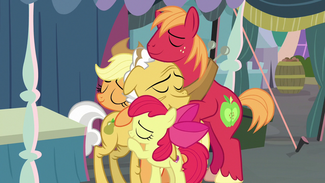 File:Apple siblings hugging their grandfather S7E13.png