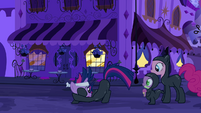 Twilight discretely talking to Pinkie and Spike S2E20