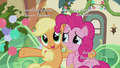"""Applejack """"friends or family"""" S5E20.png"""