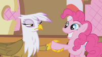 Gilda & Pinkie about to shake hands S1E05