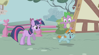Spike hopping over Snips S1E06